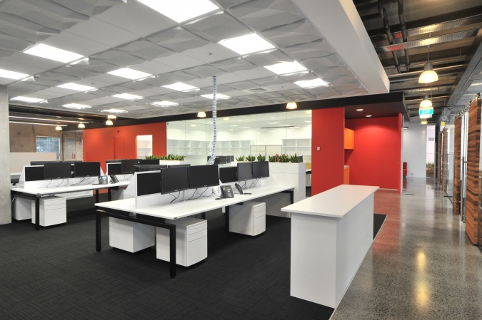 Workstations for modern offices commercial design control inc commercial design control - Modern office desks for small spaces concept ...